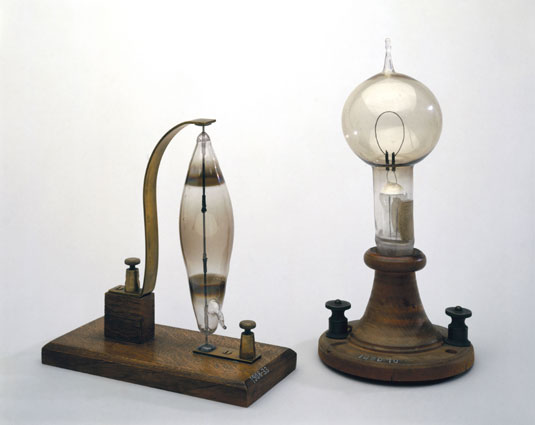 Swan and Edison light bulbs
