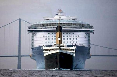 Titanic vs Allure of the Seas